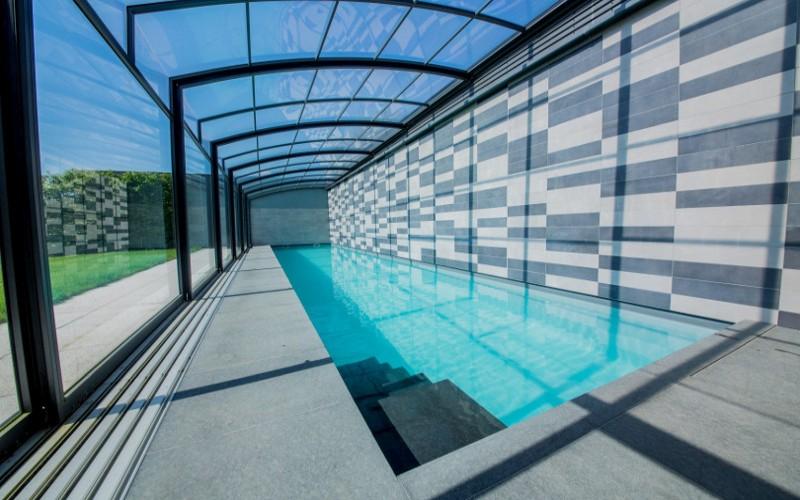 Realizace Aquamarine Spa- velký plavecký privátní bazén z betonu