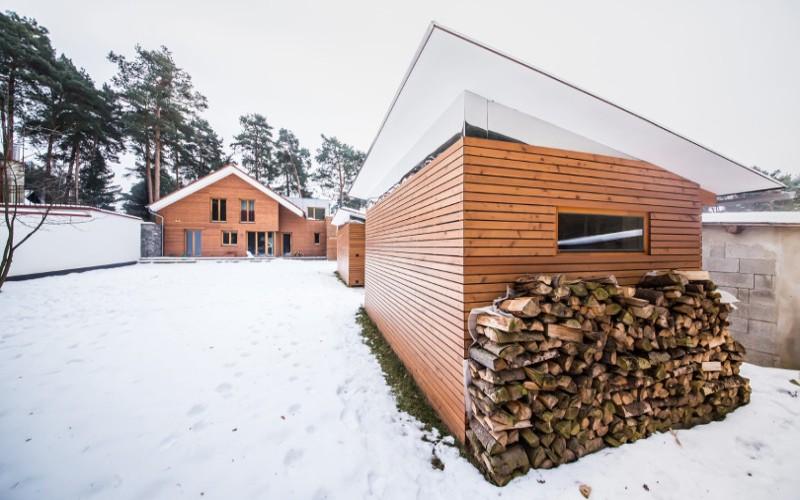Venkovní saunový domek se zabudouvanou luxusní saunou Klafs