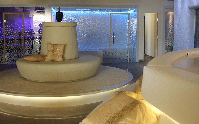 realizace interiérů komerčních wellness Aquamarine Spa