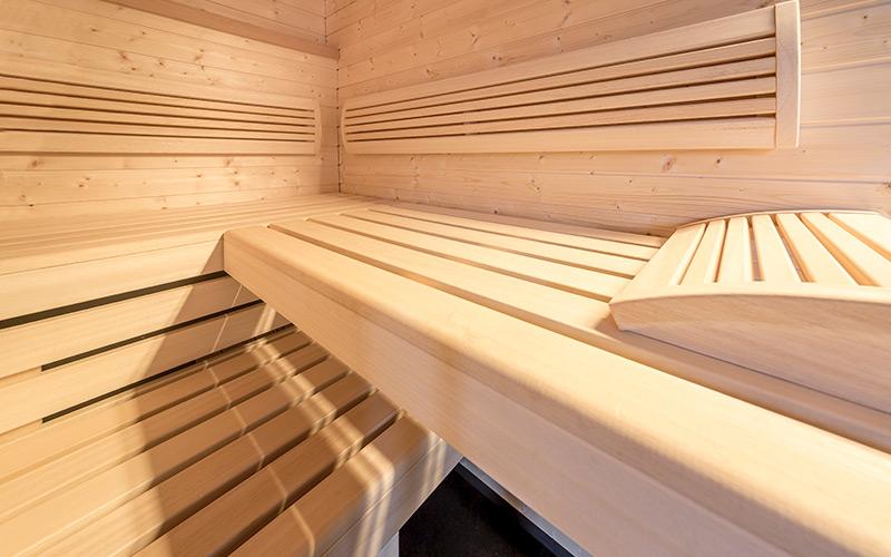 Precizní zpracování vnitřního vybavení sauny Klafs