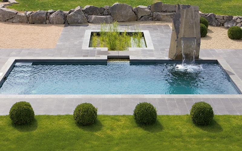Designový bazén Riviera Pool s vodopádem a jezírkem