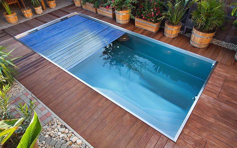 Nerezový bazén skimmer se zakrytím pomocí solární lamely