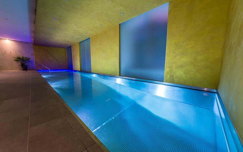 Luxusní nerezový bazén Imaginox  v komerčním wellness