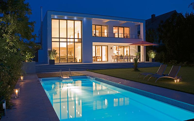 Luxusní zapuštěný bazén Riviera pool ze sklolaminátu